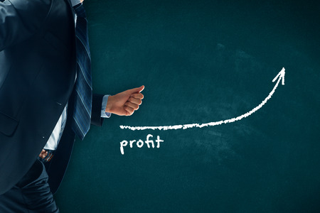 Increase profit concept. Businessman (manager, coach, leadership) hurry to increase profit growth. Banque d'images