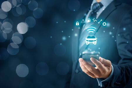 Intelligent car, intelligent vehicle and smart cars concept with smart phones. Symbol of the car and information via wireless communication about security, parking location, fuel, drive analysis, service and car settings. Banco de Imagens