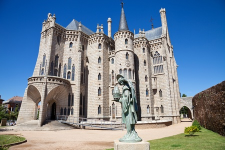 leon: Episcopal Palace of Astorga by Gaudi