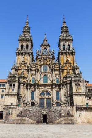 サンティアゴ ・ デ ・ コンポステーラ大聖堂、ファサード Obradoiro デル夏の日の人々 の空