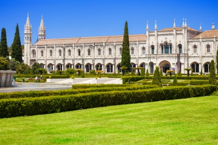 lisboa: Lisbon, Portugal - July 3, 2012: Mosteiro dos Jeronimos. Typical example of the Manueline style (Portuguese late-Gothic). UNESCO World Heritage Site Editorial