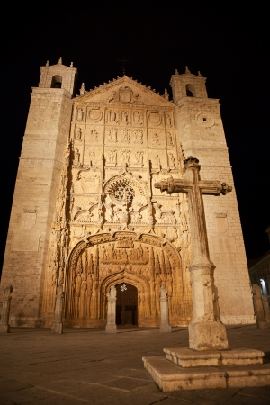 pablo: Chiesa di San Pablo di notte, Valladolid, Spagna
