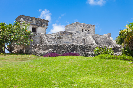 riviera maya: Tulum, archeological site in the Riviera Maya, Mexico. Site of a Pre-Columbian Maya walled city serving as a major port for Cob