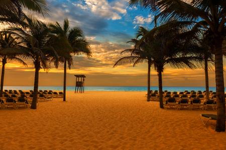 riviera maya: sunrise on the beach of a Caribbean resort