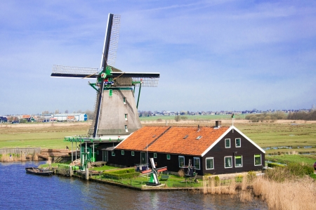 wind mill of Zaans schans, Netherland Stock Photo - 16900147