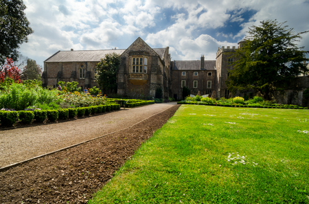 WELLS, ENGLAND -MAY 7 : Bishops Palace In Early Spring Season On May 7, 2017 In Wells, Somerset, England Editorial