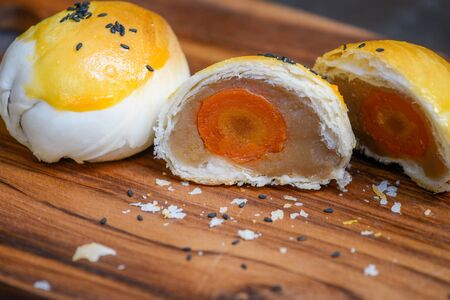Dilicious Moon Cake Taro Jam And Salted Egg Yolk Filled Inside, Chinese Dessert