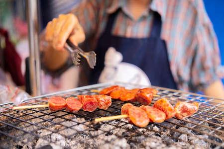 Thai street food vendor in Bangkok, Thailand. Streetfood in south east asia 版權商用圖片 - 168300218