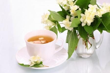 Jázmin tea és virágok