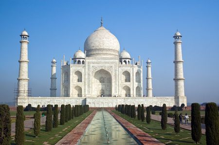 mausoleum: Famous Taj Mahal mausoleum in Agra, India Stock Photo