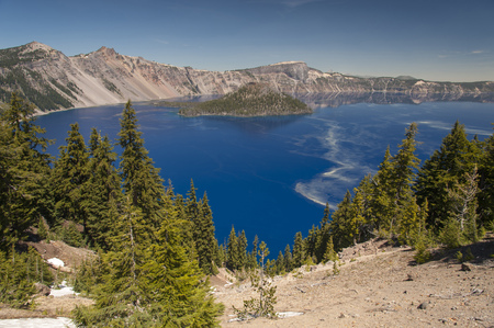 crater lake: Wide angle view of Crater Lake National Park in Oregon Stock Photo