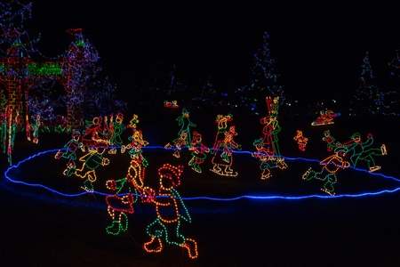 Christmas Lights in Duluth, Minnesota during the Winter Season on Lake Superior Shores 스톡 콘텐츠