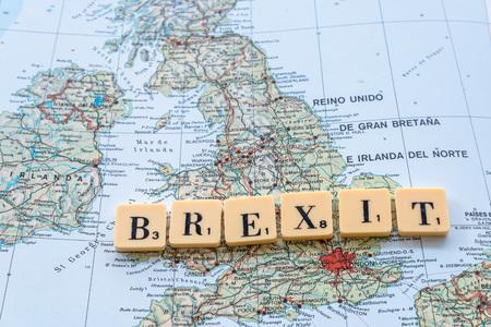 イギリスのマップの Brexit 単語。2016 年 6 月 23 日にイギリス Eu 会員の国民投票 写真素材