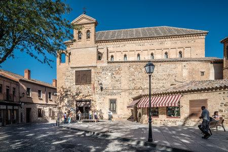 Openluchtmening van Synagoge van Transito in Toledo Redactioneel