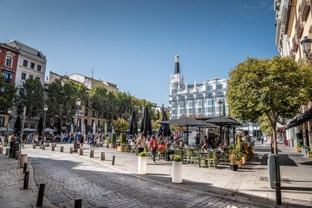 Square of Saint Ann, Santa Ana, in Madrid Redakční