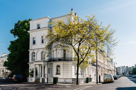 Victorian houses in Notting Hill in London Sajtókép