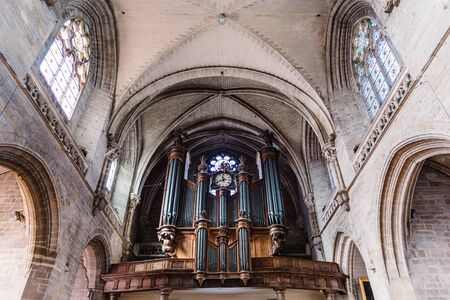 Pipe organ and vaults of the Cathedral of Vannes 報道画像