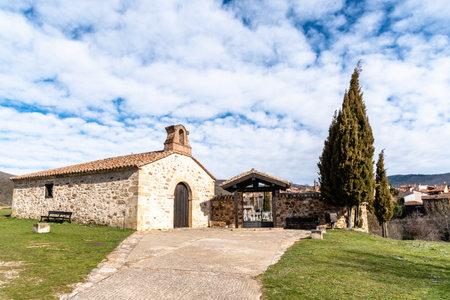 Hermitage and cemetery of Horcajuelo de la Sierra Stockfoto