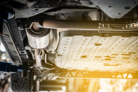 Exhaust system repair 版權商用圖片