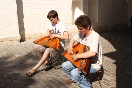 trigonal: The street psaltery players in Moscow park Kolomenskoye, Russia - June 12, 2010