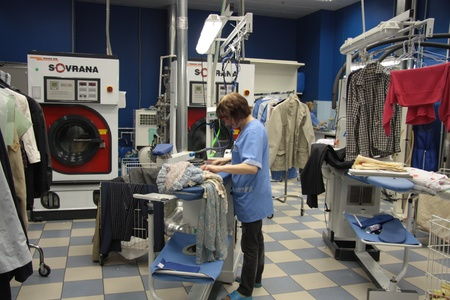 prádlo: Dry cleaning service, Moscow, Russia, 21.06.2011