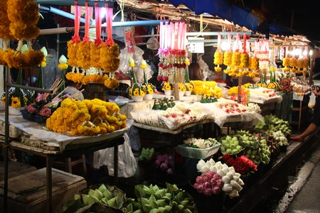 Famous Night Flower market in Chiang Mai, Thailand Stock Photo - 12477171