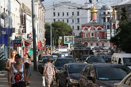moscow churches: Traffic jam at the old Moscow central street - Lubyanskiy Passage, Russia - 31.05.2011