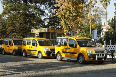 Taxis waiting for tourists in Turkey, Antalya - 02.12.2011