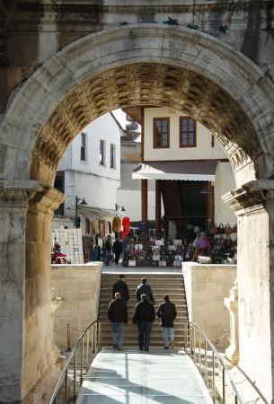 hadrian: Adriano puerta en el casco antiguo de Antalya, Turqu�a
