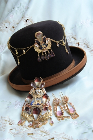jewell: Traditional Bolivian golden jewelry with Bolivianit for native woman Cholita, Bolivia, South America