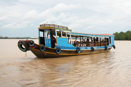travel guide: Traditional Tourist boat, Mekong Delta - 31.07.2014