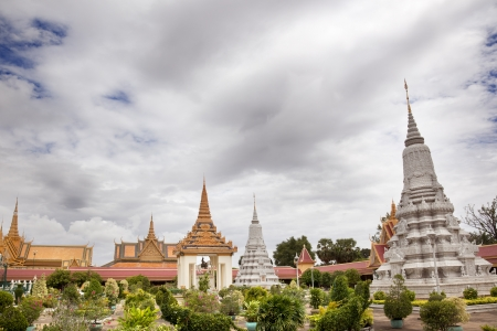 Inside the gardens of the royal palace in Cambodia Stock Photo - 18432397