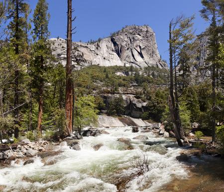 sierra nevada: Vernal Waterfall