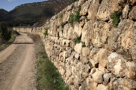 The art  building walls in dry stone, traditional in rural areas  Croatia