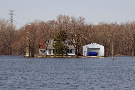 Flooded Farm House And Garage Sajtókép