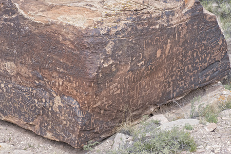 Native American Indian rock petroglyphs in the Petrified Forest National Park Stock Photo