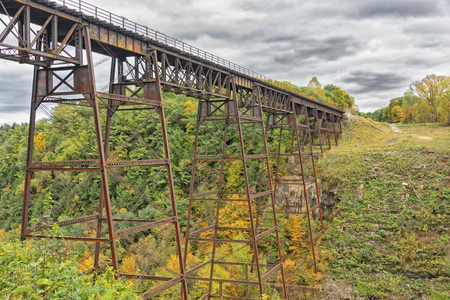 trestle: Old Railroad Trestle At Letchworth State Park In New York