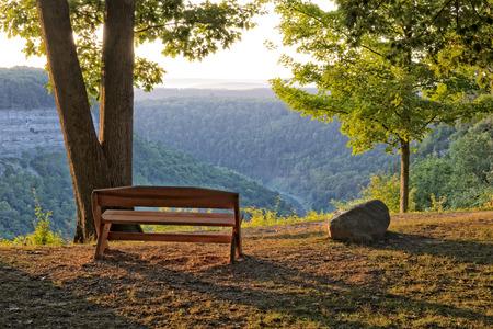jezior: Sunrise w Letchworth State Park w Nowym Jorku