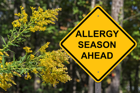 Achtung-Zeichen - Allergie-Saison voraus
