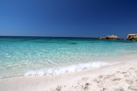 White sand and clear water, and snorkeling paradise for holiday Imagens