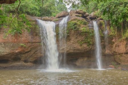 lightsome: Take a photo at Hewsuwat water fall