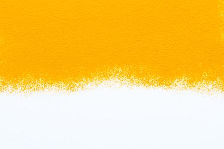 Especias cúrcuma en blanco textura de fondo para el proyecto de decorar. Foto de archivo - 41523853
