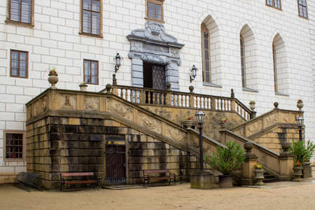 Entrance to the castle in Namest nad Oslavou in the Czech Republic 新闻类图片