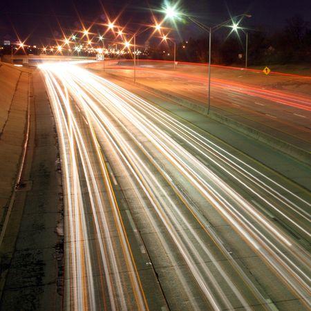 nightime: Un tempo prolungato di esposizione di una superstrada a nightime