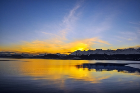 southernmost: The sun going down behind the mountains near Ushuaia, Teirra del Fuego