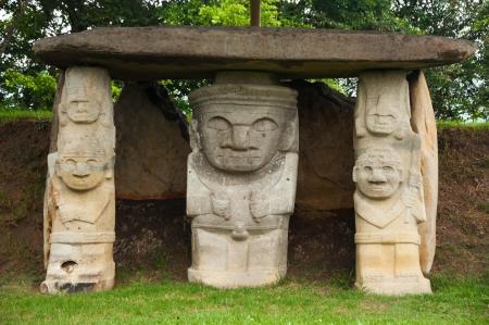 san agustin: Antiguas estatuas precolombinas en San Agustin, Colombia Foto de archivo
