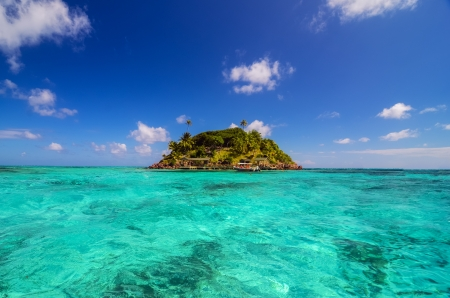 Turquoise water and small Caribbean island near San Andres y Providencia, Colombia photo