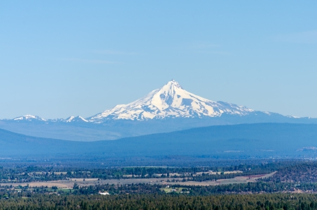 cascade range: View of Mount Jefferson, one of the volcanoes of the Cascade Range