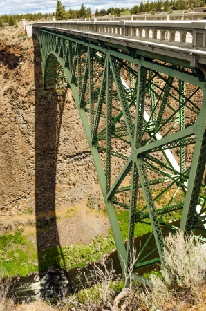 state of oregon: Vertical view of old Highway 97 passing over the Crooked River canyon Stock Photo