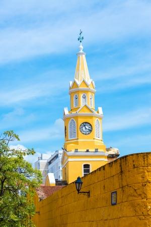 카르타헤나, 콜롬비아의 역사적인 센터 입구를 표시하는 역사적인 시계탑